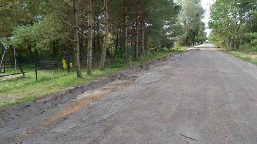 Wkrótce kierowcy pojadą nową drogą w Szczepanku