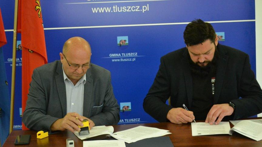 Podpisanie umowy na modernizacje ulicy Centralnej w Jasienicy